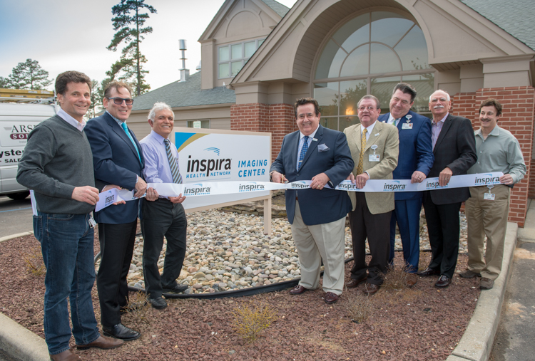 ribbon cutting at Inspira's new South Delsea Imaging Center